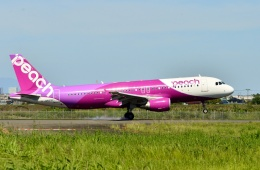 もえちゃんさんが、仙台空港で撮影したピーチ A320-214の航空フォト(飛行機 写真・画像)
