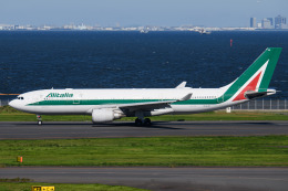 kuraykiさんが、羽田空港で撮影したアリタリア航空 A330-202の航空フォト(飛行機 写真・画像)
