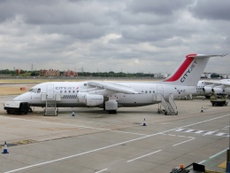 TA27さんが、ロンドン・シティ空港で撮影したシティジェット Avro 146-RJ85Aの航空フォト(飛行機 写真・画像)