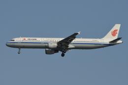 Deepさんが、羽田空港で撮影した中国国際航空 A321-213の航空フォト(飛行機 写真・画像)