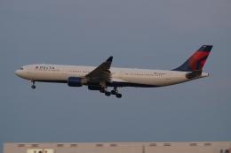 木人さんが、成田国際空港で撮影したデルタ航空 A330-323Xの航空フォト(飛行機 写真・画像)