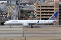 キャスバルさんが、フェニックス・スカイハーバー国際空港で撮影したユナイテッド航空 757-224の航空フォト(飛行機 写真・画像)