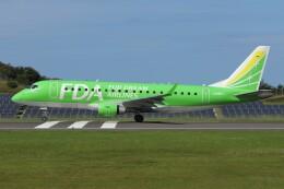 デデゴンさんが、石見空港で撮影したフジドリームエアラインズ ERJ-170-200 (ERJ-175STD)の航空フォト(飛行機 写真・画像)