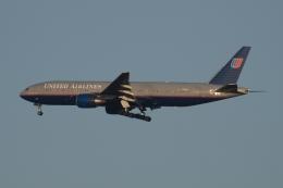 木人さんが、成田国際空港で撮影したユナイテッド航空 777-222/ERの航空フォト(飛行機 写真・画像)