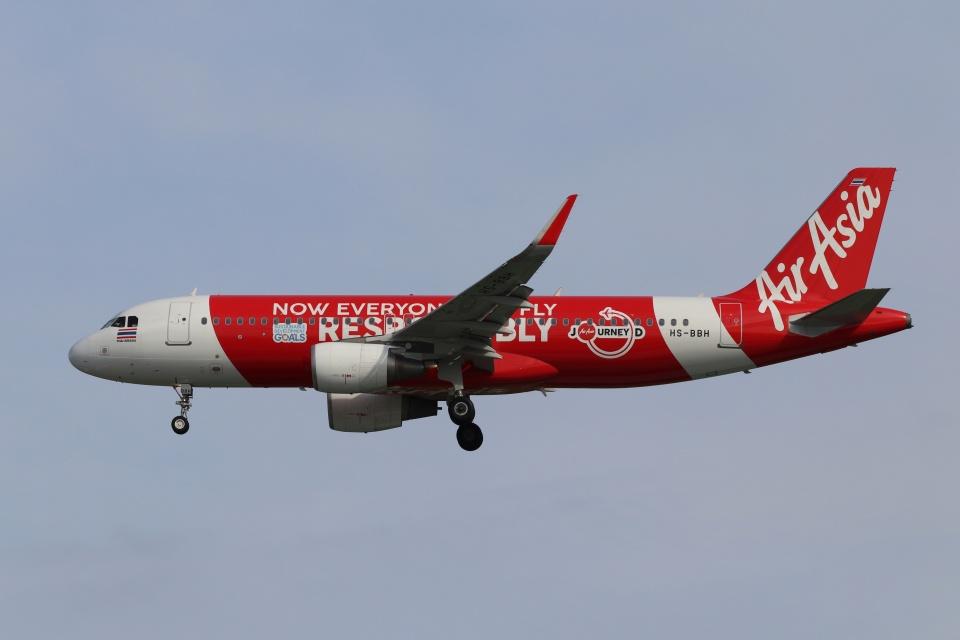 磐城さんのタイ・エアアジア Airbus A320 (HS-BBH) 航空フォト