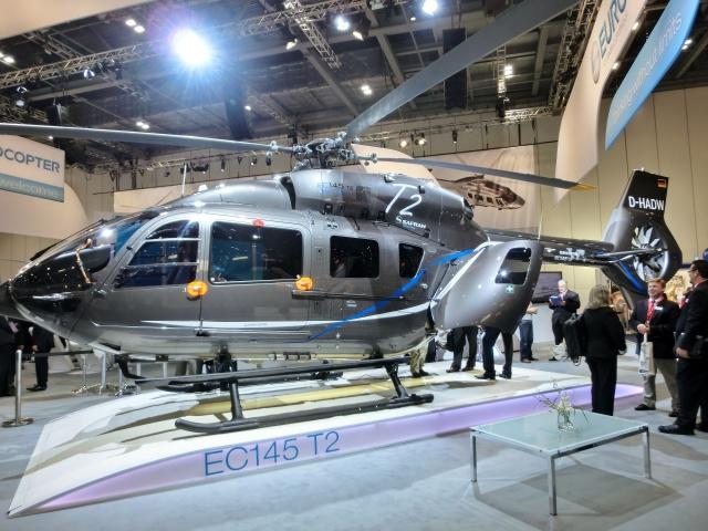 TA27さんが、London Excelで撮影したユーロコプター・ドイツ EC145T2の航空フォト(飛行機 写真・画像)