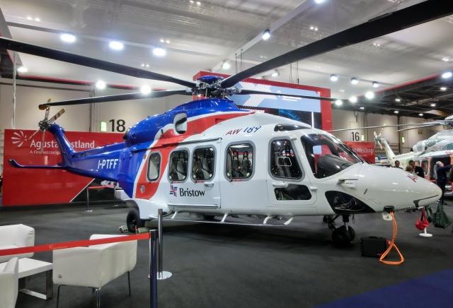 TA27さんが、London Excelで撮影したブリストウ・ヘリコプターズ AW189の航空フォト(飛行機 写真・画像)