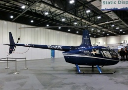 TA27さんが、London Excell 展示ホールで撮影したSloane Helicopters R66 Turbineの航空フォト(飛行機 写真・画像)