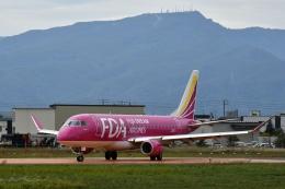 雪虫さんが、札幌飛行場で撮影したフジドリームエアラインズ ERJ-170-200 (ERJ-175STD)の航空フォト(飛行機 写真・画像)