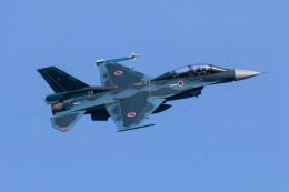 Koenig117さんが、松島基地で撮影した航空自衛隊 F-2Bの航空フォト(飛行機 写真・画像)