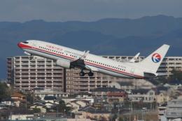 磐城さんが、福岡空港で撮影した中国東方航空 737-89Pの航空フォト(飛行機 写真・画像)