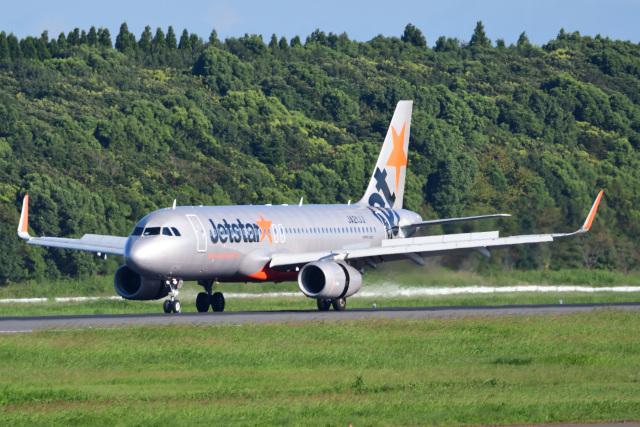 rangeroverさんが、成田国際空港で撮影したジェットスター・ジャパン A320-232の航空フォト(飛行機 写真・画像)