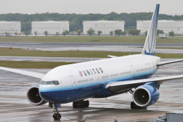 senyoさんが、成田国際空港で撮影したユナイテッド航空 777-222/ERの航空フォト(飛行機 写真・画像)