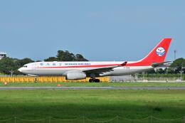 ポン太さんが、成田国際空港で撮影した四川航空 A330-243Fの航空フォト(飛行機 写真・画像)