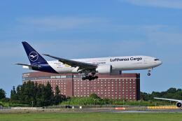 ポン太さんが、成田国際空港で撮影したルフトハンザ・カーゴ 777-Fの航空フォト(飛行機 写真・画像)