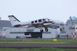 元青森人さんが、仙台空港で撮影したジャプコン G58 Baronの航空フォト(飛行機 写真・画像)