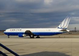 TA27さんが、オヘア国際空港で撮影したユナイテッド航空 767-322/ERの航空フォト(飛行機 写真・画像)