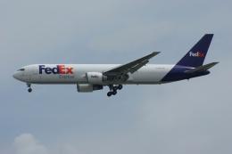 磐城さんが、シンガポール・チャンギ国際空港で撮影したフェデックス・エクスプレス 767-3S2F/ERの航空フォト(飛行機 写真・画像)