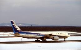 LEVEL789さんが、新千歳空港で撮影した全日空 777-281の航空フォト(飛行機 写真・画像)