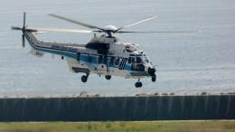航空見聞録さんが、神戸空港で撮影した海上保安庁 EC225LP Super Puma Mk2+の航空フォト(飛行機 写真・画像)