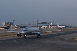 hachiさんが、関西国際空港で撮影したジェットスター・アジア A320-232の航空フォト(飛行機 写真・画像)
