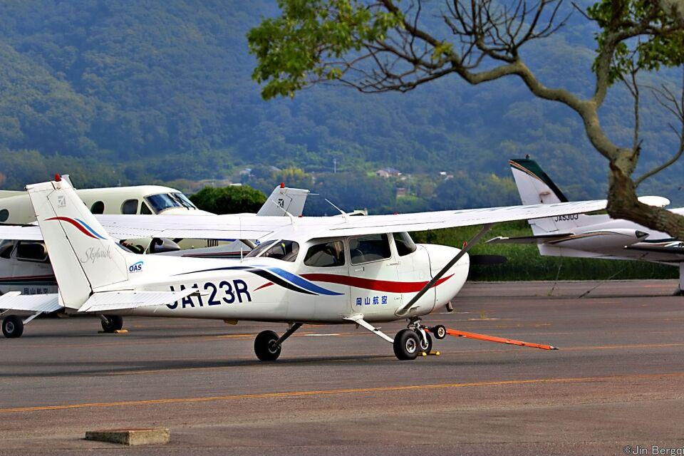 Jin Bergqiさんの岡山航空 Cessna 172 (JA123R) 航空フォト