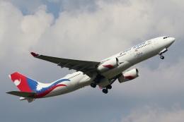 mike-indiaさんが、成田国際空港で撮影したネパール航空 A330-243の航空フォト(飛行機 写真・画像)
