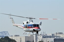 ヘリオスさんが、東京ヘリポートで撮影した国土交通省 地方整備局 412EPの航空フォト(飛行機 写真・画像)