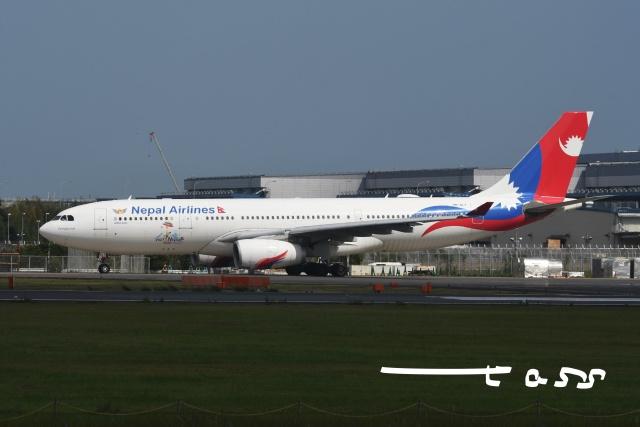 tassさんが、成田国際空港で撮影したネパール航空 A330-243の航空フォト(飛行機 写真・画像)