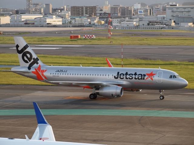 FT51ANさんが、福岡空港で撮影したジェットスター・ジャパン A320-232の航空フォト(飛行機 写真・画像)