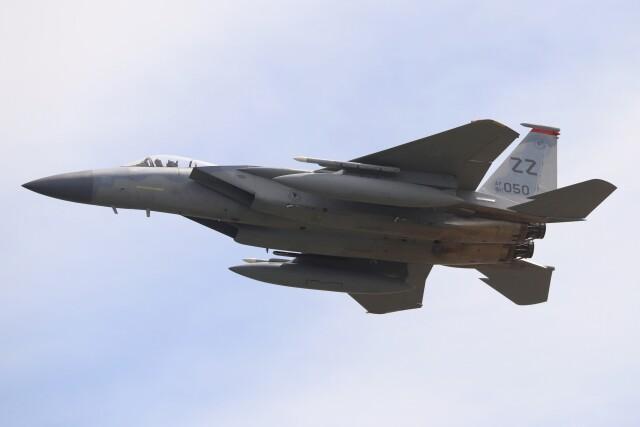 hanatomo735さんが、岩国空港で撮影したアメリカ空軍 F-15C-32-MC Eagleの航空フォト(飛行機 写真・画像)