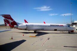 jk3yhgさんが、パース空港で撮影したカンタスリンク 717-23Sの航空フォト(飛行機 写真・画像)