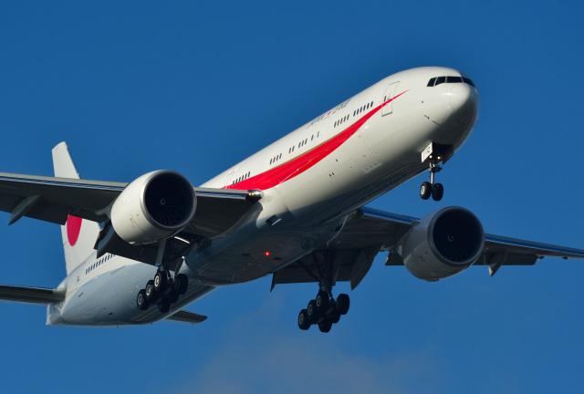 航空フォト:80-1112 航空自衛隊 777-300