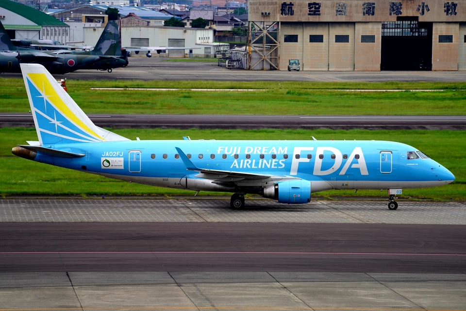 SFJ_capさんのフジドリームエアラインズ Embraer 170 (JA02FJ) 航空フォト
