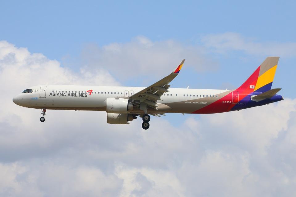 S.Hayashiさんのアシアナ航空 Airbus A321neo (HL8356) 航空フォト