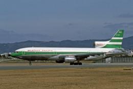 Gambardierさんが、伊丹空港で撮影したキャセイパシフィック航空 L-1011-385-1-15 TriStar 100の航空フォト(飛行機 写真・画像)