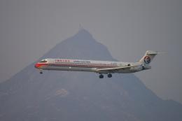 磐城さんが、香港国際空港で撮影した中国東方航空 MD-90-30の航空フォト(飛行機 写真・画像)