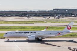 Y-Kenzoさんが、羽田空港で撮影した日本航空 A350-941の航空フォト(飛行機 写真・画像)