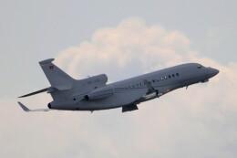 フッ軽の極美さんが、成田国際空港で撮影したTAG アヴィエーション Falcon 7Xの航空フォト(飛行機 写真・画像)