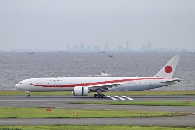 naotonopapaさんが、羽田空港で撮影した航空自衛隊 777-3SB/ERの航空フォト(飛行機 写真・画像)
