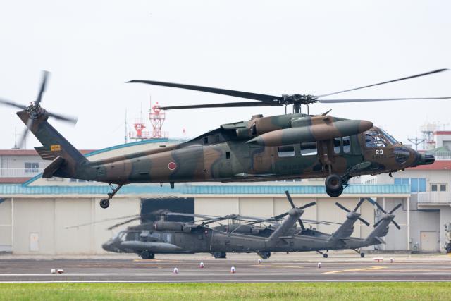 (新)ふぁんとむ改さんが、明野駐屯地で撮影した陸上自衛隊 UH-60JAの航空フォト(飛行機 写真・画像)