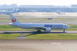 inyoさんが、羽田空港で撮影した日本航空 777-246の航空フォト(飛行機 写真・画像)