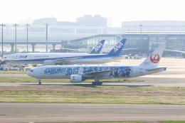 inyoさんが、羽田空港で撮影した日本航空 777-289の航空フォト(飛行機 写真・画像)