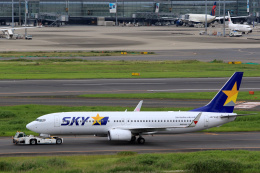 inyoさんが、羽田空港で撮影したスカイマーク 737-8ALの航空フォト(飛行機 写真・画像)