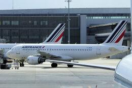 狛犬さんが、パリ シャルル・ド・ゴール国際空港で撮影したエールフランス航空 A320-214の航空フォト(飛行機 写真・画像)