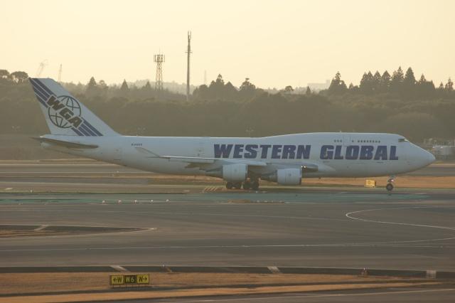 磐城さんが、成田国際空港で撮影したウエスタン・グローバル・エアラインズ 747-446(BCF)の航空フォト(飛行機 写真・画像)