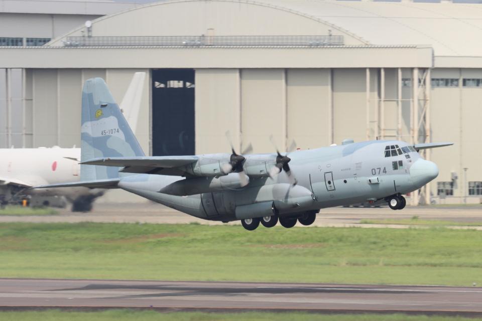 EXIA01さんの航空自衛隊 Lockheed C-130 Hercules (45-1074) 航空フォト