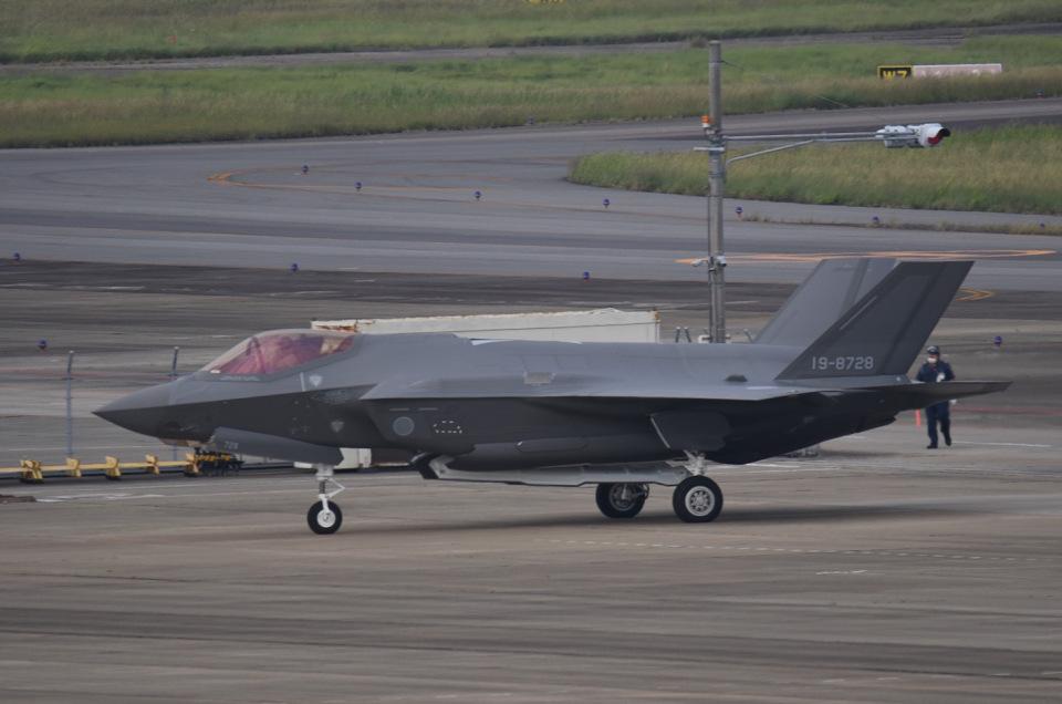 tamtam3839さんの三菱重工業 Mitsubishi F-35 (19-8728) 航空フォト