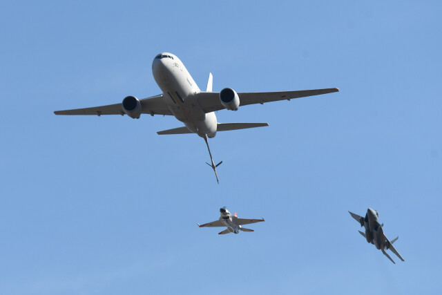 woodpeckerさんが、岐阜基地で撮影した航空自衛隊 KC-767J (767-2FK/ER)の航空フォト(飛行機 写真・画像)