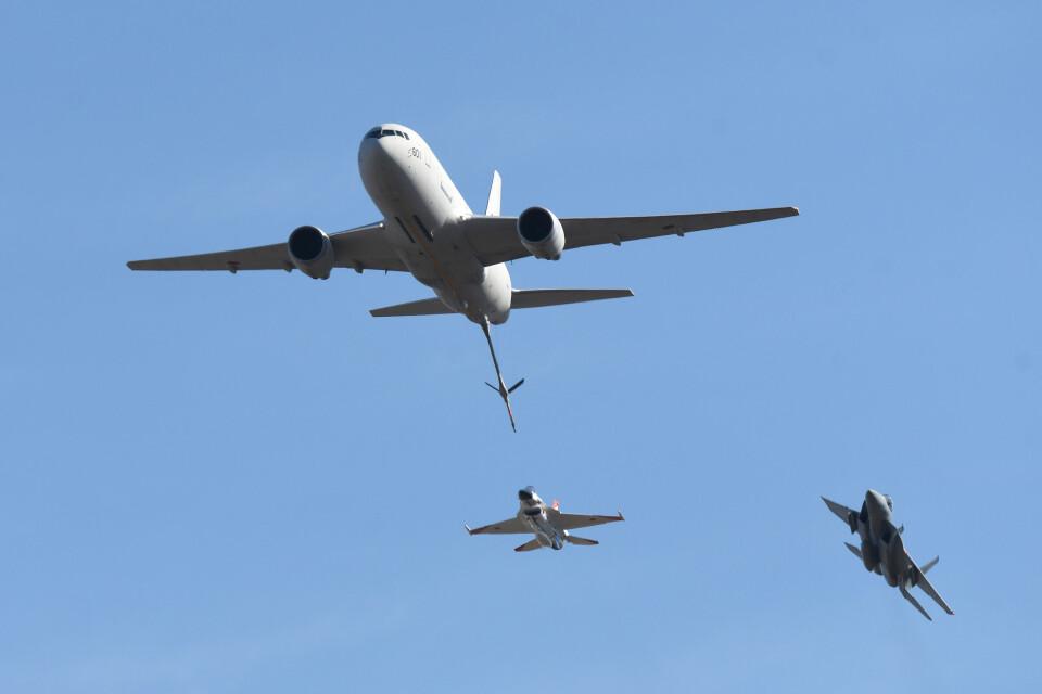 woodpeckerさんの航空自衛隊 Boeing KC-767 (87-3601) 航空フォト